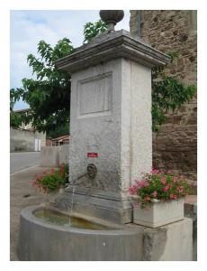 Fontaine du centre village