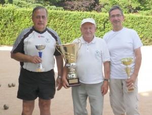 Vainqueur du 14 juillet 2014 entouré d'Alain Bouvet et Gilbert Gerin