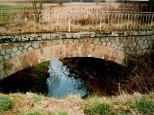 Le pont sur le Saluant