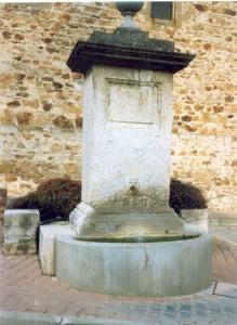 La fontaine [nl] avant réfection de la place